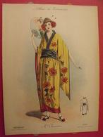 """Chrysanthème (japonaise), Gravure En Couleurs Tirée De """"Album De Travestis"""". La Mode Nationale. Paris. Vers 1890. - Lithographies"""