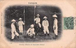 CPA TONKIN - Cavaliers D' Escorte Du Gouverneur Général - Vietnam