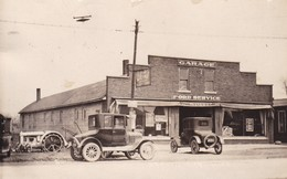 Ford Service, Garage. Post Card USA. 1927 - Passenger Cars