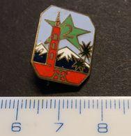 2eme Régiment Tirailleurs Marocains 2TM Epinglette Pucelle - Armée De Terre