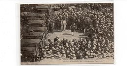 83 - TOULON - Funérailles Des Victimes De La Couronne, Pendant Le Discours Du Commandant Darricus - Animée - 1908 (P95) - Toulon
