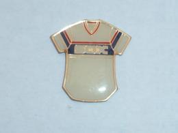 Pin's MAILLOT DES SOX - Baseball