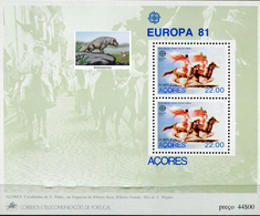 PORTUGAL ACORES  -  DINOSAURS - VERY INTERESTING - 1 Sheet MNH - Timbres