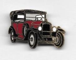Pin's  Automobiles  PEUGEOT  Ancienne  Rouge  Et  Noire ? - Peugeot