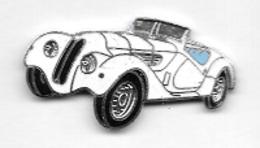 Pin's  Automobiles  PEUGEOT  Ancienne  Blanche ? - Peugeot