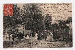 - CPA YERRES (91) - La Place Des Camaldules 1908 - Le Jour De La Fête De La Pentecôte (belle Animation) - - Yerres