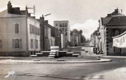 La Roche Sur Yon : Rond Point Rue Joffre - La Roche Sur Yon