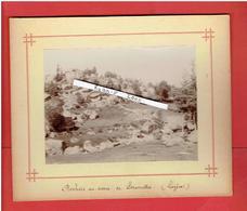 PHOTOGRAPHIE VERS 1890 DEPARTMENT LOZERE ROCHERS AU DESSUS DE SERVERETTES - Lieux