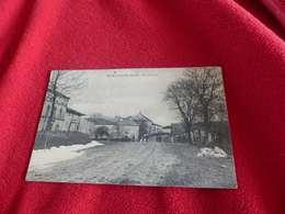 98 - CPA , Erize Saint-Dizier , Rue De Latte - Francia