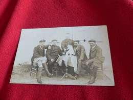 102 - Carte-Photo NICEY , Groupe à L'Apéro , Dégustant Une Bière - Francia
