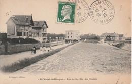 Rue De Réville - Saint Vaast La Hougue