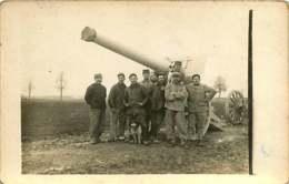 030220 - CARTE PHOTO MILITARIA GUERRE 1914 18 - Les Poilus Pièce De Canon Chien Jack Russel - Guerra 1914-18