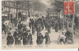 PARIS -  PORTE MAILLOT. CPA Voyagée En 1916 LL N° 296 La Sortie Du Métropolitain Porte Maillot - Arrondissement: 16