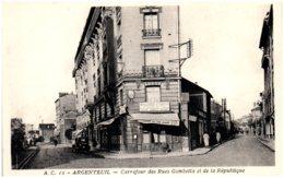 95 ARGENTEUIL - Carrefour Des Rues Gambetta Et De La République - Argenteuil
