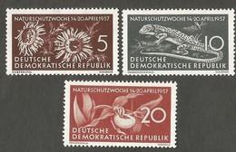 East Germany/DDR. 1957 Nature Protection. SG E297-299. CV £3.75. MNH - [6] Repubblica Democratica