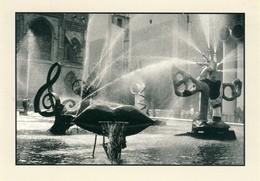 Paris Fontaines De Niki De Saint Phalle Et Tinguely Place Igor Stravinsky 1985    Cpsm Format 10-15 - Places, Squares