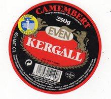 Fev20   56023     étiquette  Camembert   Kergall  Produit En Bretagne - Formaggio
