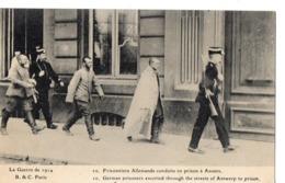 La Guerre De 1914 - 10 - Prisonniers Allemands Conduits En Prison à ANVERS - Unclassified