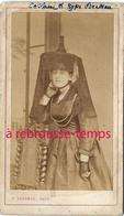 CDV Femme Costume Bressan--folklore-photo Lecomte à Bourg En Bresse (Ain) - Anciennes (Av. 1900)