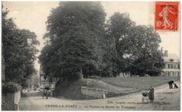 27 LYONS-la-FORET - Le Square Et Route Du Tronquay - Lyons-la-Forêt