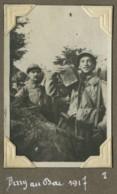 Guerre De 1914-18 . Soldats Dans Une Tranchée à Berry-au-Bac (Aisne). 131e RI . 1917 . - Guerre, Militaire