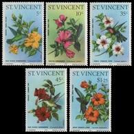 1976St Vincent441-445Hummingbirds And Hibiscuses17,00 € - Specht- & Bartvögel