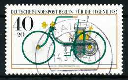 BERLIN 1982 Nr 660 Zentrisch Gestempelt X62132A - [5] Berlin