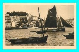 A805 / 389 29 - AUDIERNE Port à Marée Haute Et Le Quai - Audierne