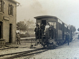 RPCP : TARN ET GARONNE-CAYLUS- GARE STATION TRAIN LOCOMOTIVE, Photo Of Old Postcard, 2 Scans - Trains