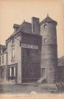 Combourg (35) - La Maison à Tourelles - Combourg