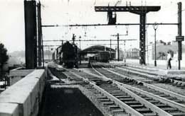 040220A TRANSPORT TRAIN CHEMIN DE FER - PHOTO BREHERET 1954 - 30 NIMES Gare - Nîmes
