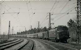040220A TRANSPORT TRAIN CHEMIN DE FER - PHOTO BREHERET Années 1950 - 40 LAMOTHE Le Sud Express - Francia