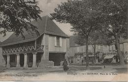 DOMME - Place De La Halle - Frankreich