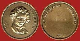 ** MEDAILLE  LUDWIG  VAN  BEETHOVEN  1 ** - France