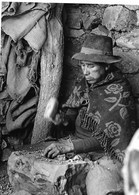 """Photo Bolivie Près De Torocalpa. Femme Travaillant à La Mine De Plomb De """"Don Pedro"""" Photo Vivant Univers - Places"""