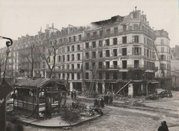 "RARISSIME -1918 -   Grande Photo "" Bombardement Rue De Rivoli ""  (Emile Menanteau ) 2 Scan - Guerre, Militaire"