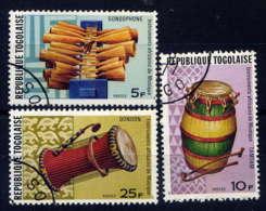 TOGO - 886/888°  - INSTRUMENTS DE MUSIQUE - Togo (1960-...)