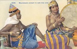 809/ Mauresques Prenant Le Cafe Chez Elles, Vrouwen Met Blote Borsten 1936 - Autres