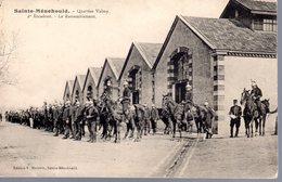 SAINTE-MENEHOULD  -  Quartier Valmy  -  2éme Escadron  -  Le Rassemblement  -  Très Belle Animation - Sainte-Menehould