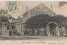 Beauchamps  95   La Place De L'Eglise Tres Tres Animée Devant L'Hotel-Restaurant-Café-Tabac Et 2 Voitures - Beauchamp