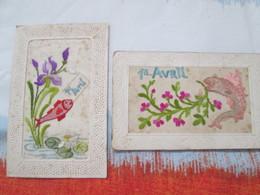 Carte Brodee .   Lot De 2  Cartes  Poisson D Avril . Premier Avril - Brodées