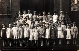 Carte Photo Originale Scolaire Groupe D'écolières Sur Le Perron De L'école - Tante Lulli - Ecole De Filles Années 1940 - Personnes Anonymes