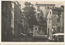 V3908 Venezia - Rio San Polo - Scorcio Caratteristico / Viaggiata 1939 - Venezia (Venice)
