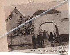 WATERLOO..1936.. DE HISTORISCHE HOEVE HAIE-SAINTE BRANDDE UIT/ SPEELDE GROTE ROL TIJDENS DE VELDSLAG IN 1815 - Vieux Papiers