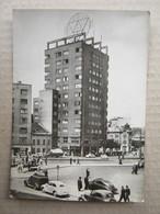 Slovakia / Bratislava - Stalinovo Namestie, 1955. ( Old Car, Grand Cafe ) - Slovaquie