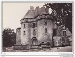 16) Barbezieux .- (Charente)  Le Château  - (correspondance Du 18 Avril 1962) - France