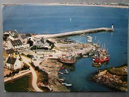 CP 29 Finistère  MOGUERIEC En Sibiril Vers Saint Pol De Léon -  Le Port - Le Bateau De Pêche Dans La Cale  1977 - Autres Communes