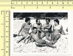 REAL PHOTO People On Beach, Men Bikini Women & Boy - Personnes Sur La Plage Homme Femmes Garcon ORIGINAL SNAPSHOT - Anonymous Persons