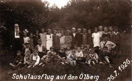 Carte Photo Originale Scolaire Classe Mixte & Photo De Classe Un 26.07.1926 - Schulausflug Auf Den Ölberg - Persone Anonimi