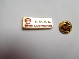 Beau Pin's , Carburant Essence , Oil , Huile , SHELL Lubrifiants , L.M.R.L. , Lycée Michel Rodange Luxembourg ?? - Carburants